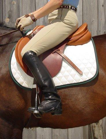Sara displaying a properly fitting Killington saddle